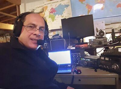 Dan Keizer has been a ham radio operator for nearly three decades. From his home in south Winnipeg, he can communicate around the world. (Supplied)</p>